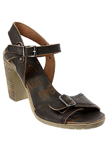 palladium sandales et nu et pieds femme de couleur marron