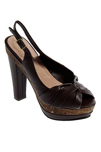 arian sandales et nu et pieds femme de couleur marron