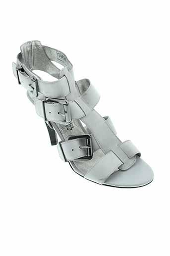 tamaris sandales et nu et pieds femme de couleur gris
