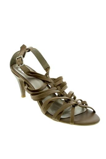 we et do sandales et nu et pieds femme de couleur beige