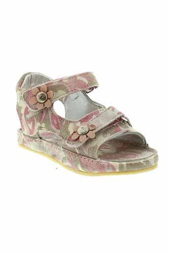noel sandales et nu et pieds fille de couleur rose