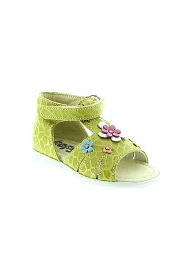 bopy sandales et nu et pieds fille de couleur vert
