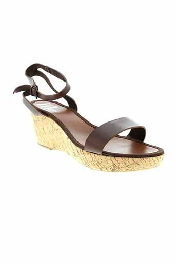 mms sandales et nu et pieds femme de couleur marron