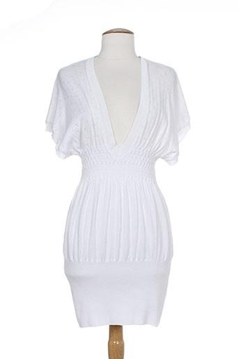 an' ge robes femme de couleur blanc