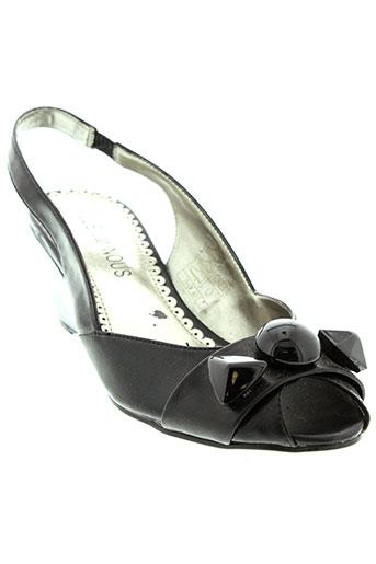 elue et par et nous sandales et nu et pieds femme de couleur noir