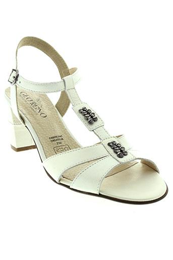 geo et reino sandales et nu et pieds femme de couleur blanc