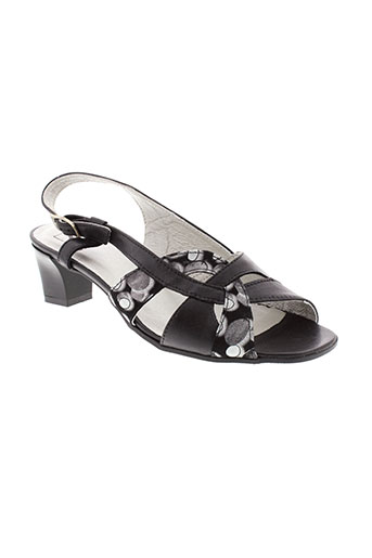 pedi et girl sandales et nu et pieds femme de couleur noir