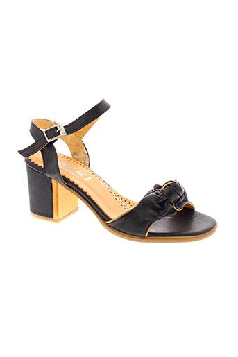 di et que et si sandales et nu et pieds femme de couleur noir