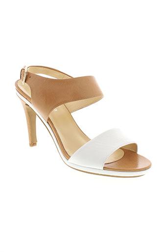 lola et espeleta sandales et nu et pieds femme de couleur beige