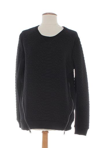 2 et two sweats femme de couleur noir (photo)