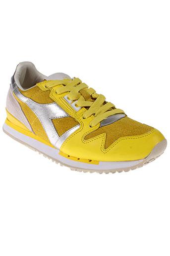 diadora et heritage baskets femme de couleur jaune