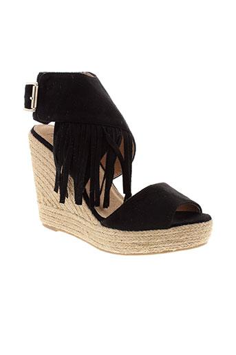 vanessa et wu sandales et nu et pieds femme de couleur noir