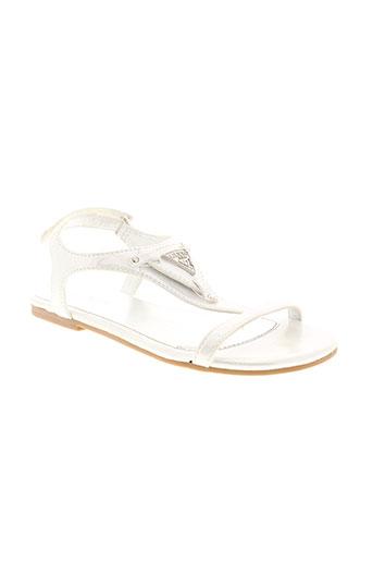 guess sandales et nu et pieds fille de couleur blanc