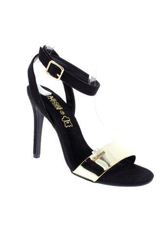 cassis sandales et nu et pieds femme de couleur noir