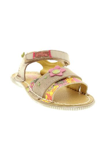 chipie sandales et nu et pieds fille de couleur beige