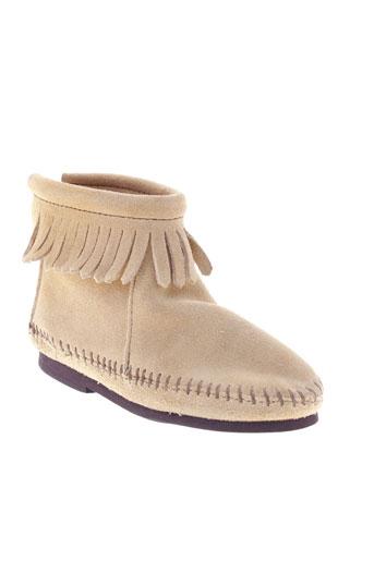minnetonka boots femme de couleur beige