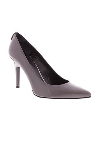 stuart et weitzman escarpins femme de couleur gris