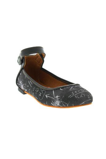 art chaussures femme de couleur noir