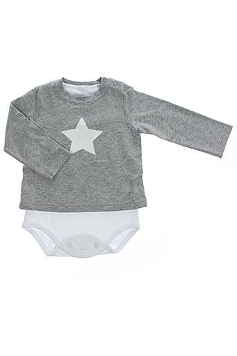 belly et button body et 1 enfant de couleur gris