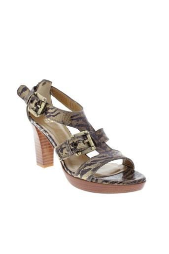 stuart et weitzman sandales et nu et pieds femme de couleur marron
