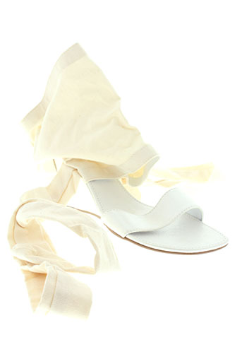 bijou et de et pied sandales et nu et pieds femme de couleur beige