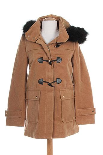 attentif manteaux et courts femme de couleur beige