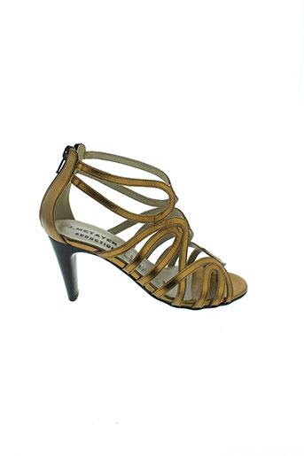 j et metayer sandales et nu et pieds femme de couleur marron
