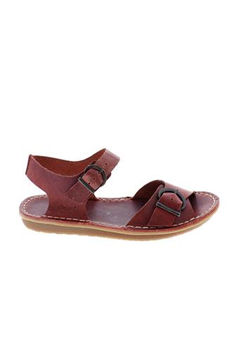 kickers sandales et nu et pieds femme de couleur rouge