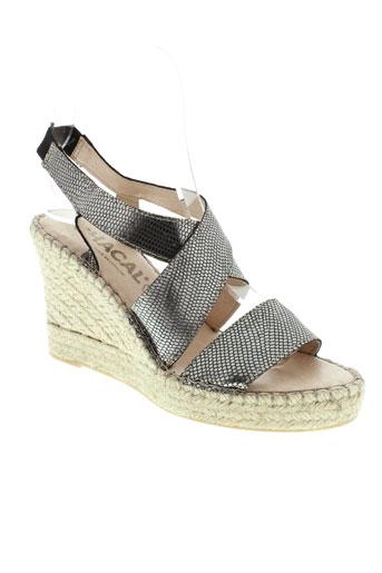 chacal sandales et nu et pieds femme de couleur gris