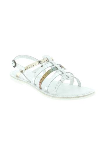 kickers chaussures fille de couleur blanc