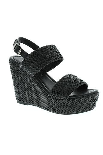 kharisma sandales et nu et pieds femme de couleur noir