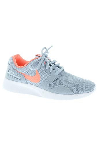 nike chaussures femme de couleur gris