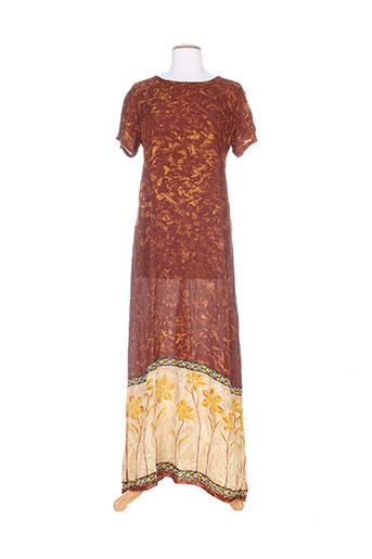 religion robes femme de couleur marron