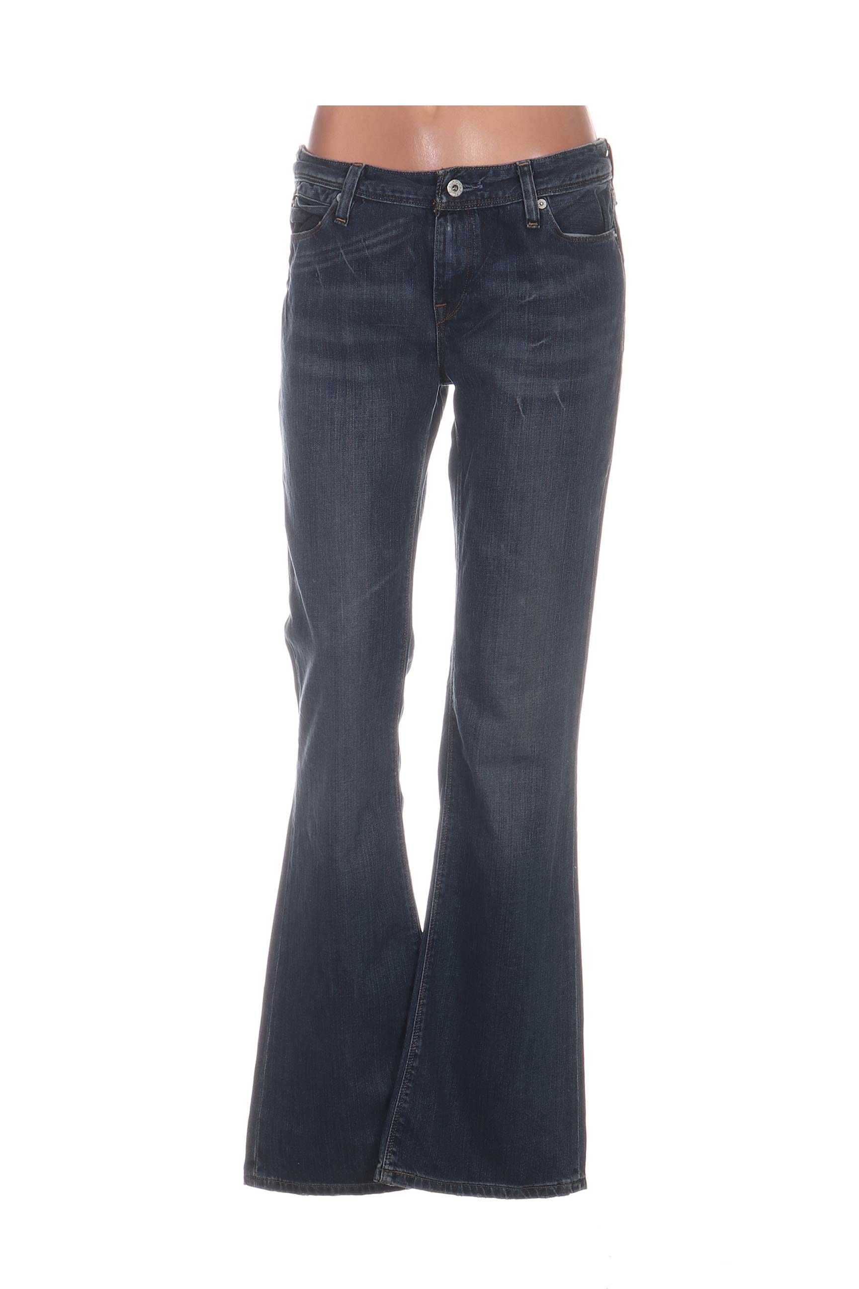 levis jeans coupe droite femme de couleur bleu en soldes. Black Bedroom Furniture Sets. Home Design Ideas