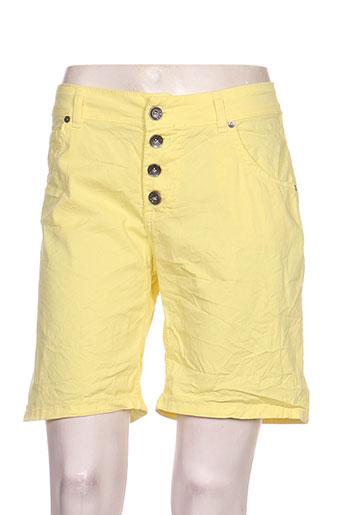 lacomy shorts / bermudas femme de couleur jaune