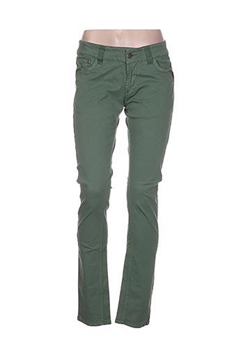image pantalons femme de couleur vert