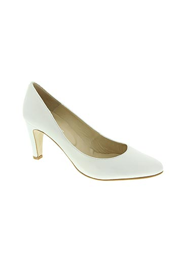 empreinte chaussures femme de couleur blanc