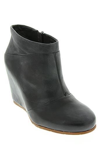ugg chaussures femme de couleur noir
