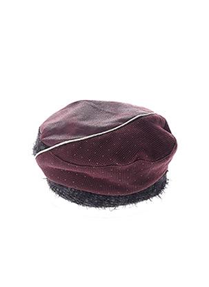 Chapeau rouge MTM pour femme